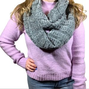 Oversized Chunky Knit Gray Infinity Loop Scarf